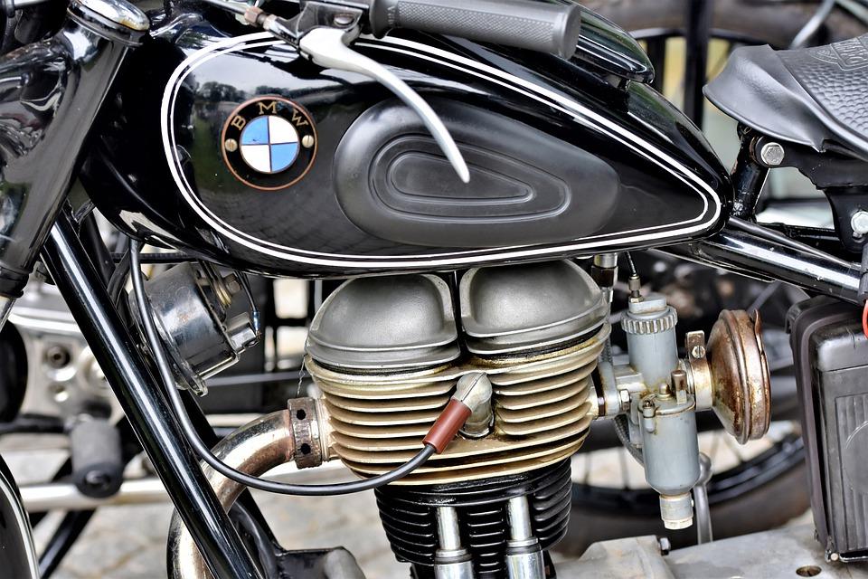 Pouvez-vous construire vous-même un cric de moto ?